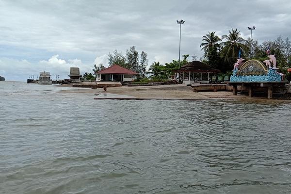 ชาวบ้านเกาะคอเขา จ.พังงา เรียกร้องสร้างสะพานข้ามเกาะ เพิ่มความสะดวกในการเดินทาง