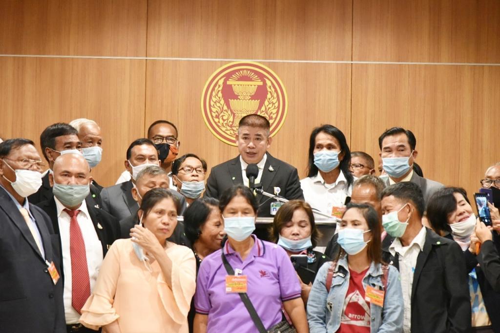 """""""ธรรมนัส"""" ชง นายกฯ ตั้งกรรมการแก้ไขปัญหาผู้ร่วมพัฒนาชาติไทย"""