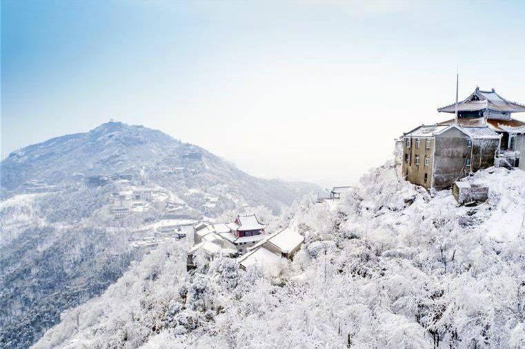 """ตระการตา """"ภูเขามู่หลาน"""" แหล่งท่องเที่ยวงดงามแห่งอู่ฮั่น"""