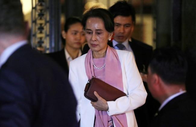 รัฐสภายุโรปงดเชิญ 'ซูจี' ร่วมงานรางวัลสิทธิมนุษยชนเซ่นข้อกล่าวหาฆ่าล้างเผ่าพันธุ์ในพม่า
