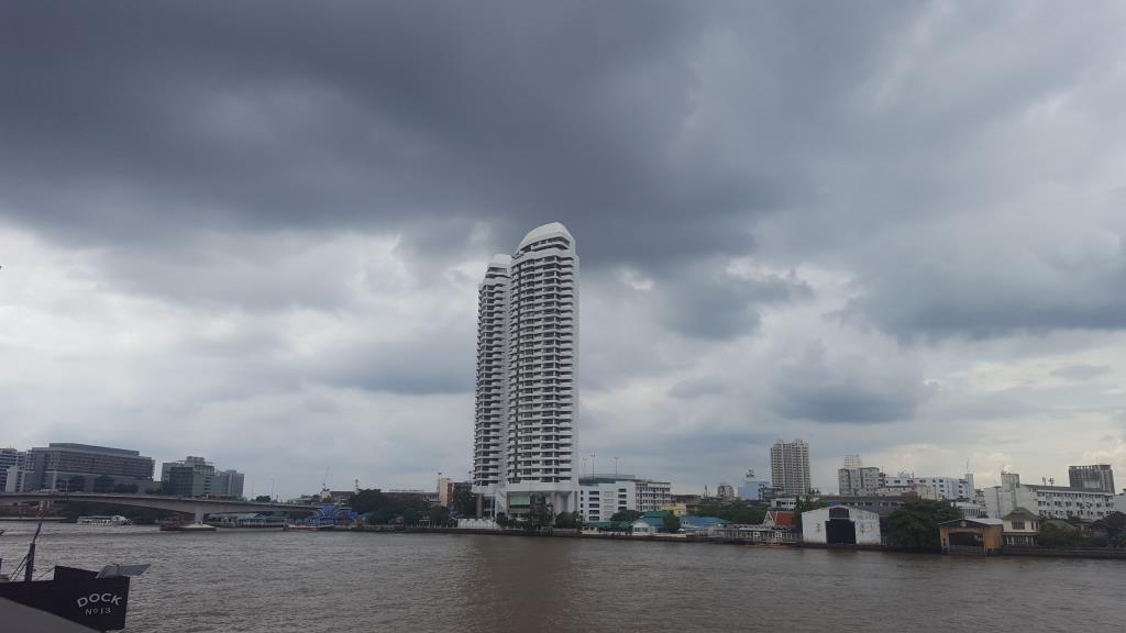 กรมอุตุนิยมวิทยา เตือนไทยฝนตกต่อเนื่อง อันดามันคลื่นสูง กทม.มีฝน 60%
