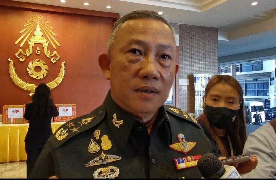 """""""บิ๊กจ๊าบ"""" เผยกองทัพเข้มชายแดนป้องโควิด-19 ระบุทหารไทย/เซาท์ซูดาน ผลัด 1 ถึงไทยแล้ว กักตัวที่ชลบุรี 180 นาย"""
