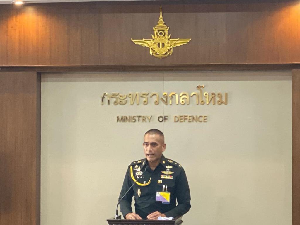 นายกฯ ให้เหล่าทัพจัดกิจกรรมวันสวรรคต ร. 9 ตรึงกำลังชายแดนกันหนีเข้าไทย
