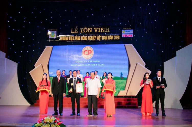 ซีพี เวียดนาม คว้า 2 รางวัลระดับชาติ ด้านภาพลักษณ์ความน่าเชื่อถือ และคุณภาพสินค้า