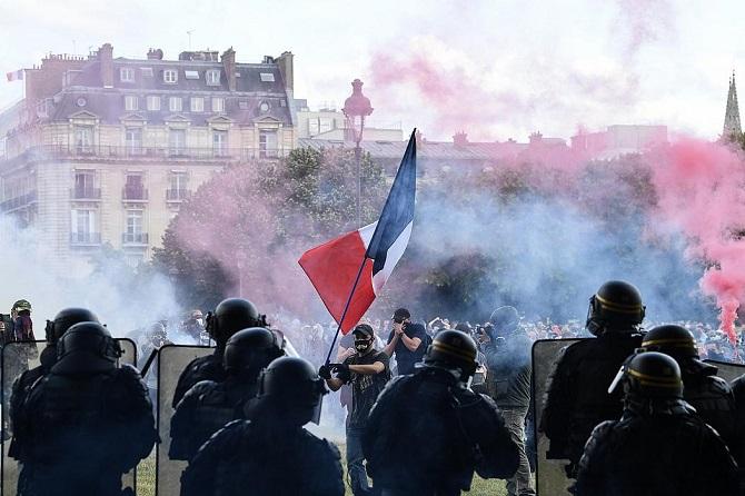 ต้นแบบใคร!นิรโทษกรรมสากลแฉฝรั่งเศสใช้กฎหมายกำกวมเล่นงานผู้ประท้วงต้านรัฐบาล