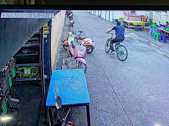 """จับตีนแมวตระเวนปั่นจักรยานลักทรัพย์บ้าน""""เคลลี่ ธนะพัฒน์""""พระเอกชื่อดัง"""