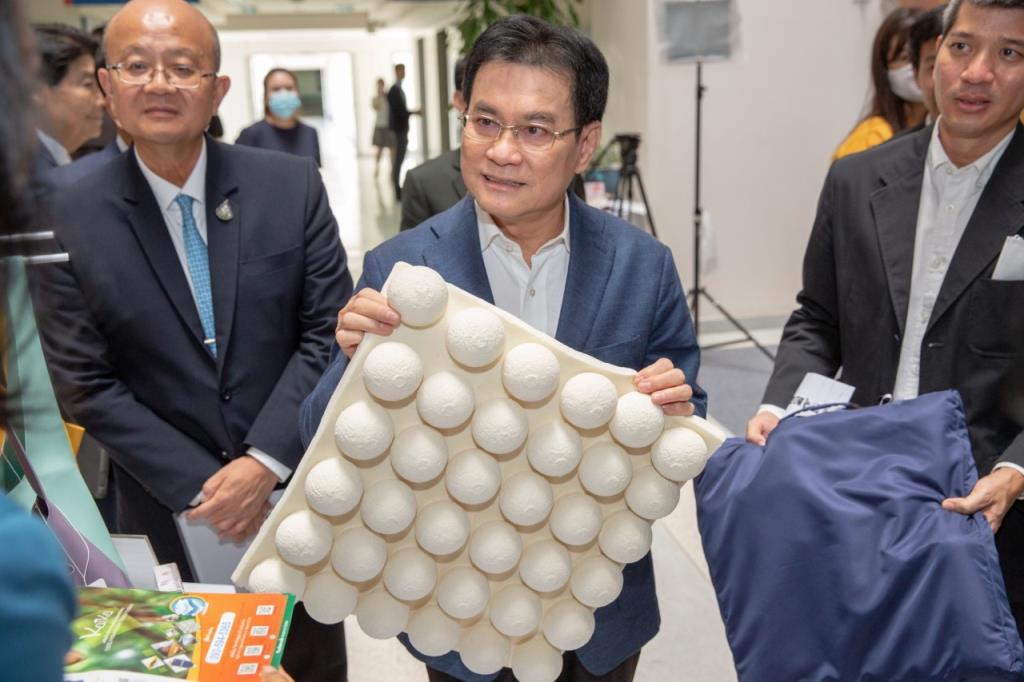 พณ.,กยท.จับคู่ธุรกิจยางพารา20ประเทศ ยอดรับซื้อทะลุเป้า2หมื่นตัน