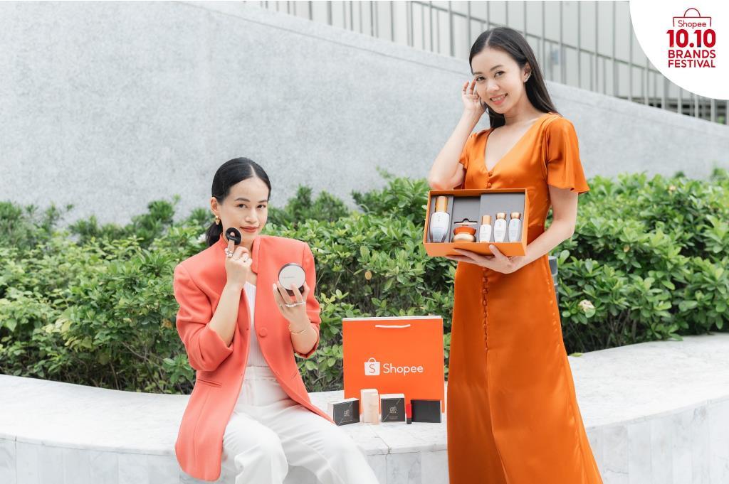 2 เซเลบริตี้คู่ซี้ เผยเคล็ดลับความงามสไตล์สาวเกาหลีในมหกรรม Shopee 10.10 Brands Festival