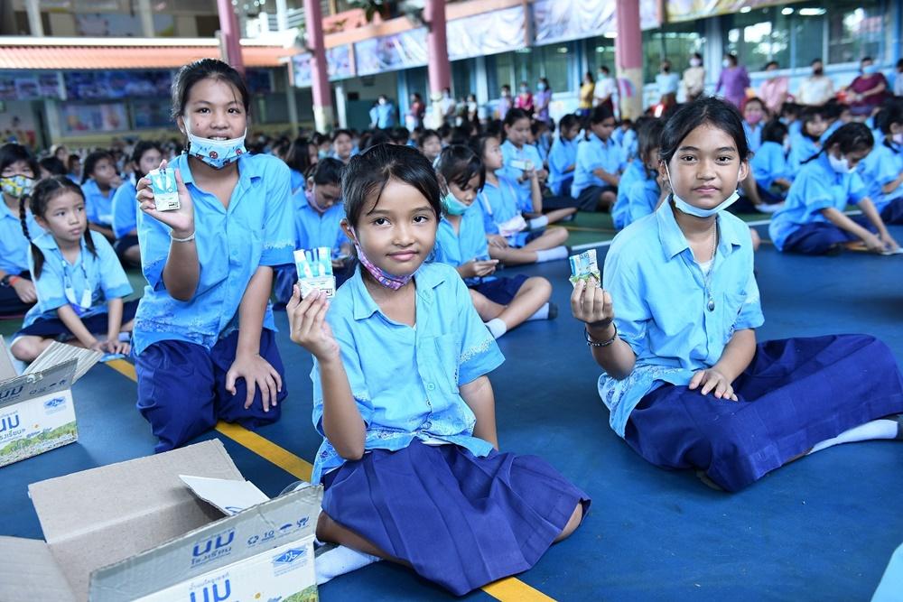 """เต็ดตรา แพ้ค จัดกิจกรรม """"สัปดาห์วันนมโรงเรียนสากล"""" ร่วมส่งเสริมภาวะโภชนาการในเด็ก-การรีไซเคิลกล่องเครื่องดื่ม"""
