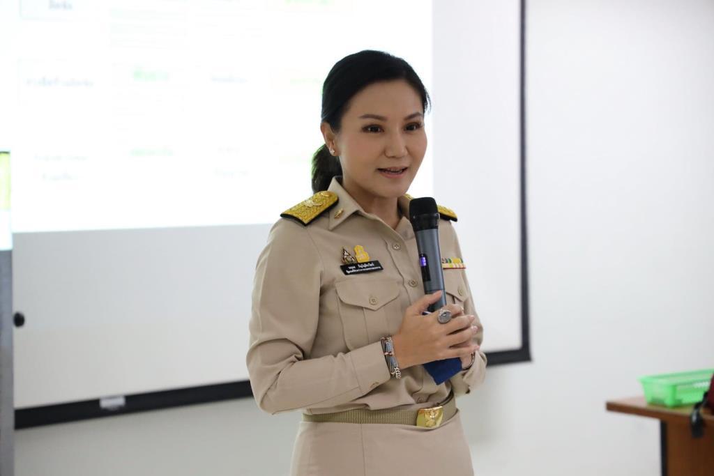 """""""นฤมล""""ลั่นปี 64 ตั้งเป้าติดอาวุธพลทหารก่อนปลดอีก 1 พันคน ต่อยอดอาชีพเสริมเศรษฐกิจไทย"""