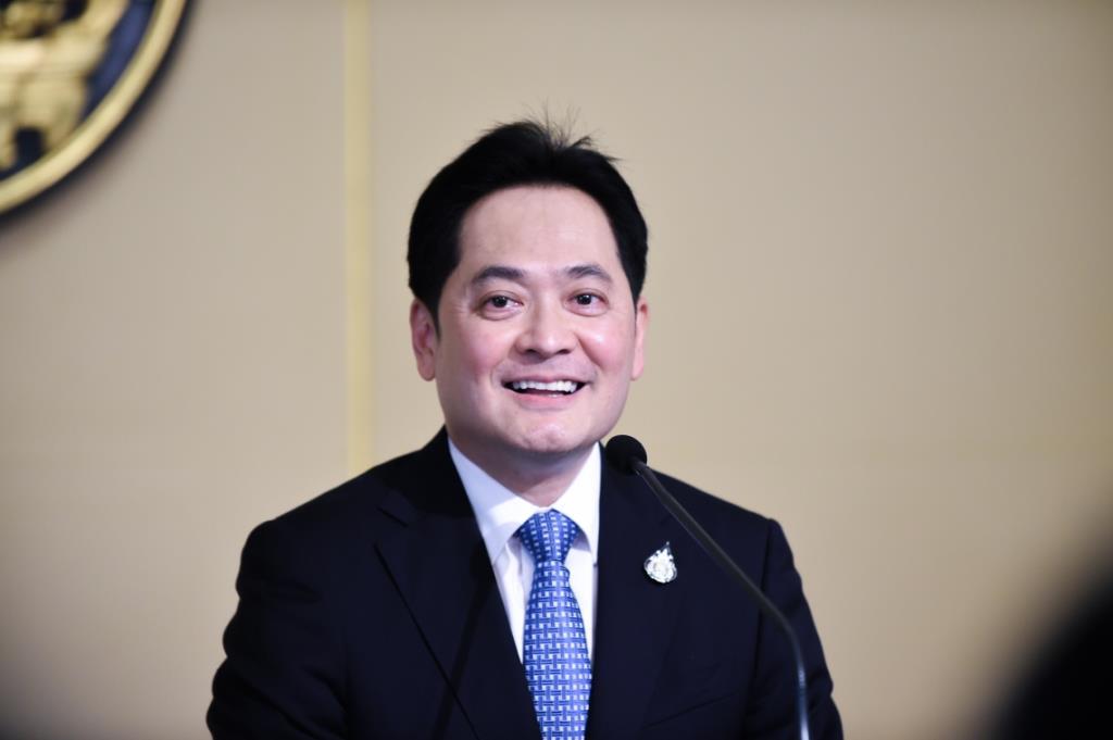 รบ. เล็งผ่อนคลายเปิดประเทศรับนักธุรกิจ นักลงทุนต่างชาติเข้าไทยเพิ่มหวังบูมเศรษฐกิจ