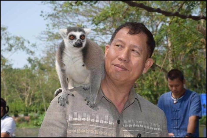 นายชวลิต ชูขจร ประธานคณะกรรมการองค์การสวนสัตว์แห่งประเทศไทย ในพระบรมราชูปถัมภ์