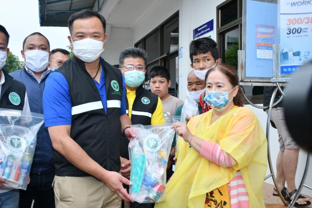 """""""อนุทิน"""" วอน อย่าตื่นตระหนก ยืนยัน รับมือโควิด-19 ชายแดนเมียนมาได้ มั่นใจ ฝีมือแพทย์ไทย"""