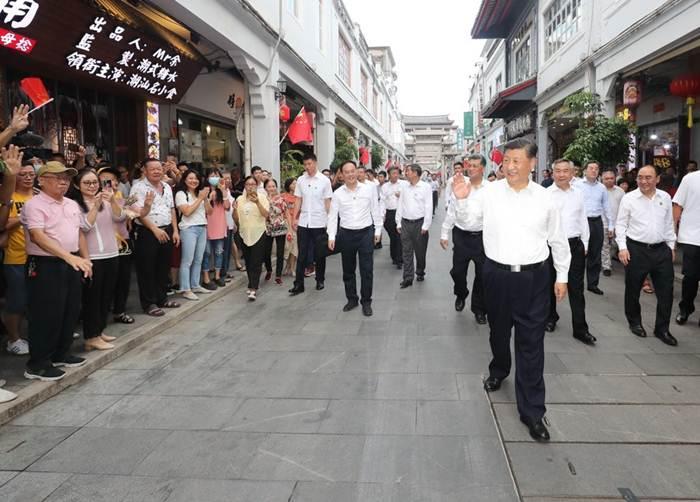 ชมคลิป: สี จิ้นผิง เยือนเมืองแต้จิ๋ว-ซัวเถา ลั่นสัญญาจีนจะแข็งแกร่งและสวยงามใน 5-10 ปี