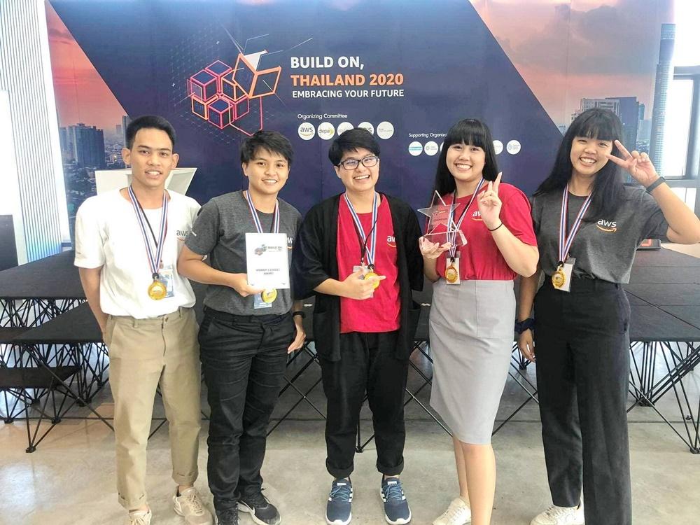 """มจธ.เจ๋ง!! ทีม""""Hello World""""คว้าแชมป์""""Hackathon2020"""" พร้อมแข่งระดับอาเซียน"""