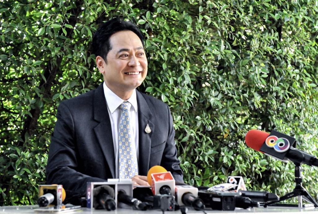 อนุชา บูรพชัยศรี โฆษกประจำสำนักนายกรัฐมนตรี (แฟ้มภาพ)