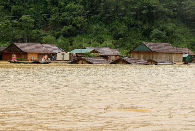 เวียดนามปาดเหงื่อ เตรียมรับมือ 'โซเดล' พายุโซนร้อนลูกใหม่จ่อขึ้นฝั่งสุดสัปดาห์นี้