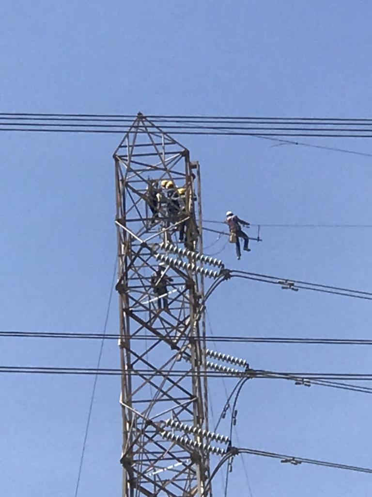 กฟผ.รุดช่วยประชาชนพร้อมเร่งซ่อมแนวสายส่งไฟฟ้าแรงสูงที่ได้รับความเสียหายจากท่อก๊าซฯ