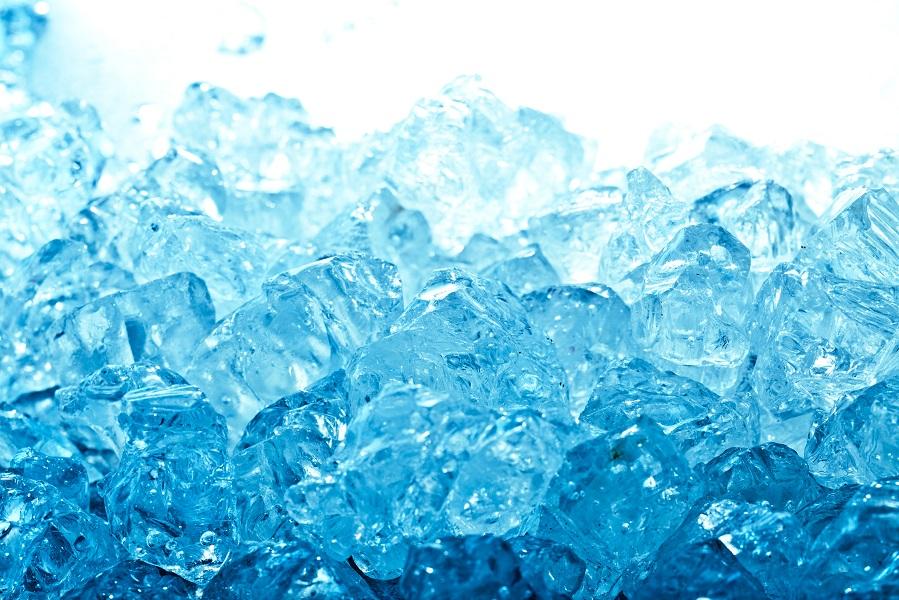 กินน้ำแข็งหลอด ก็ใช่ว่าจะปลอดภัย / พลโทนายแพทย์ สมศักดิ์ เถกิงเกียรติ