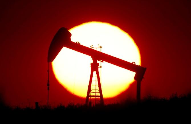 น้ำมันดิ่งอีก$1ต่ำสุดรอบ5เดือน หุ้นสหรัฐฯบวก,ทองร่วง หลังศก.อเมริกาฟื้นตัวแข็งแกร่ง