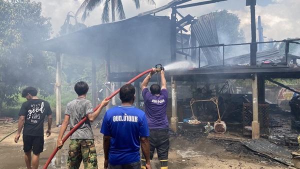 เพลิงไหม้บ้านตาวัย 83ปี รับวันลอยกระทง คาดไฟฟ้าลัดวงจร