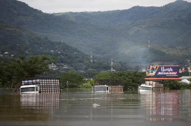 เฮอร์ริเคนอีตาเล่นงานอเมริกากลาง ก่อน้ำท่วมเลวร้ายหลายชาติ,ตายรวมทะลุ70ศพ