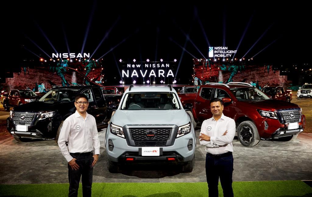 ราเมช นาราสิมัน (ขวา) ประธานบริษัท นิสสัน มอเตอร์ ประเทศไทย