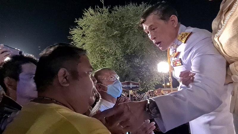 """อดีตปธ.หมู่บ้านเสื้อแดงเล่าวินาทีเข้าเฝ้าแทบพระบาทและในหลวงทรงตรัส """"ให้ทำในสิ่งที่ดี ดูแลประเทศไทย"""""""