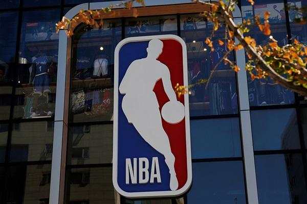 """NBA ได้ฤกษ์เปิดซีซัน 22 ธ.ค. """"คิงเจมส์"""" ส่อวืด ขอชาร์จแบตต่อ"""