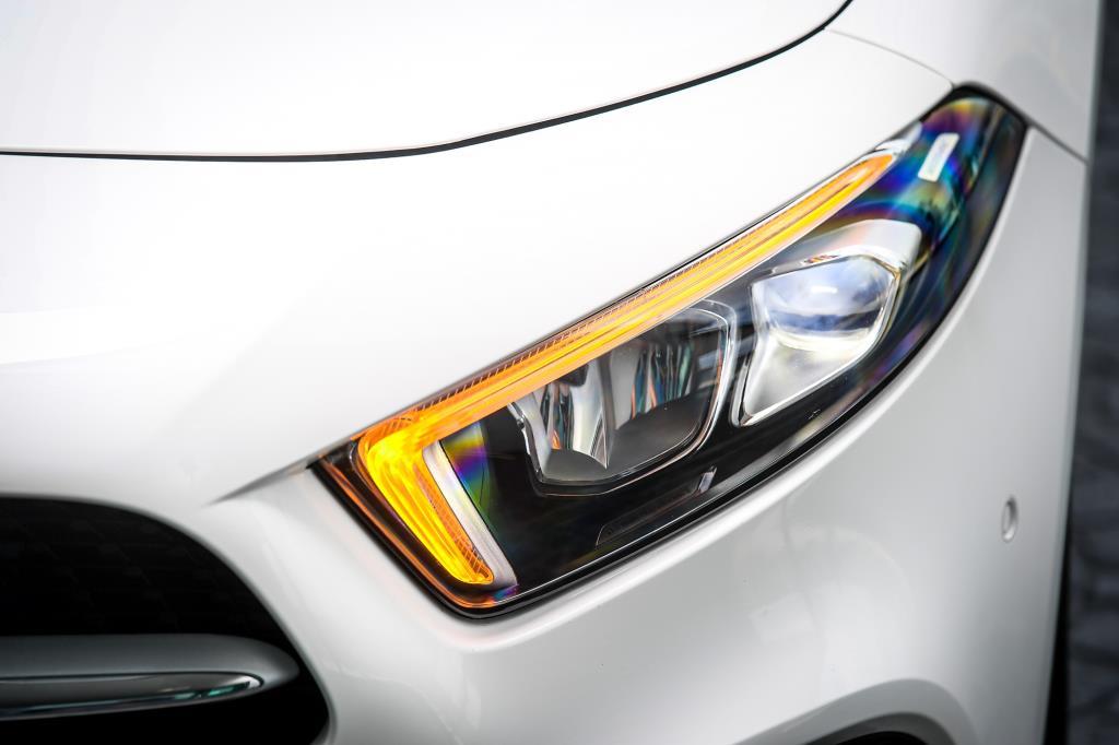 ? Mercedes-Benz A 200 Progressive ราคา 1,990,000 บาท