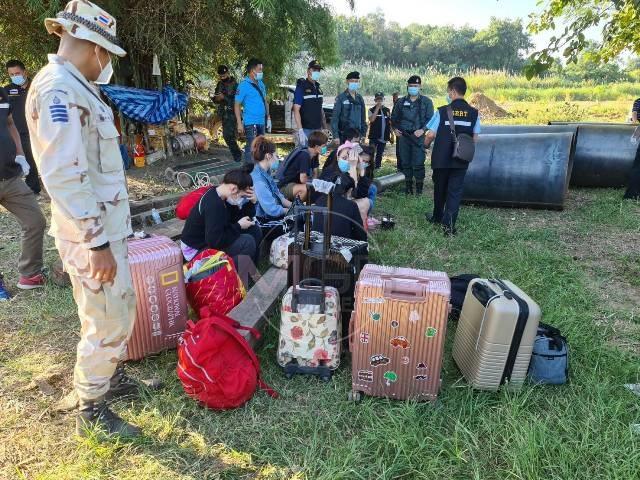 จับอีก 11 คนไทยหนีโควิดพม่าข้ามน้ำเมยเข้าแม่สอด เผยทั้งไทย-พม่า-จีน จ่อข้ามฝั่งอีกเพียบ