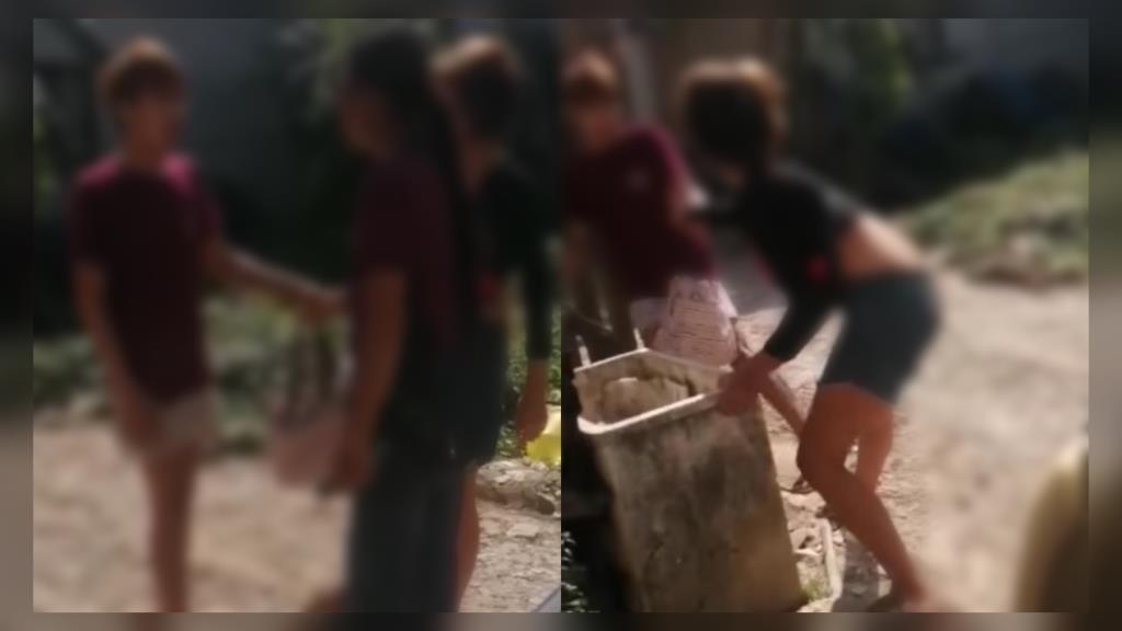 เพื่อนบ้านสุดทน! แอบถ่ายคลิปหนุ่มทะเลาะแฟนสาว เผยซ้อมแทบทุกวัน จนฝ่ายหญิงมาขอความช่วยเหลือ (ชมคลิป)