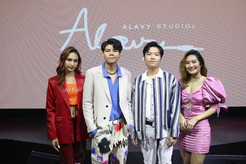 """""""อาลาวี่"""" หนุ่มวัย 19 นั่งแท่นบริหารค่ายเพลงน้องใหม่ Alavy Studios!! พร้อมจัดเต็มศิลปินขึ้นเวที """"Alavy Studio Concert"""" เอาใจแฟน"""