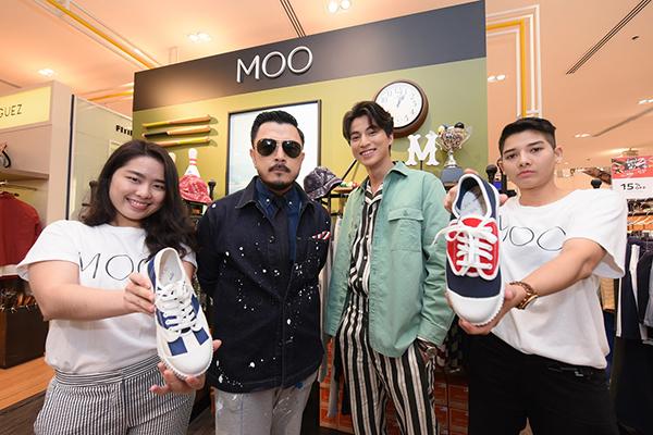 """""""กลัฟ คณาวุฒิ"""" ชวนเติมความสนุกส่งท้ายปลายปี กับไอเทมใหม่ล่าสุด MOO x Nanyang Sneakers"""