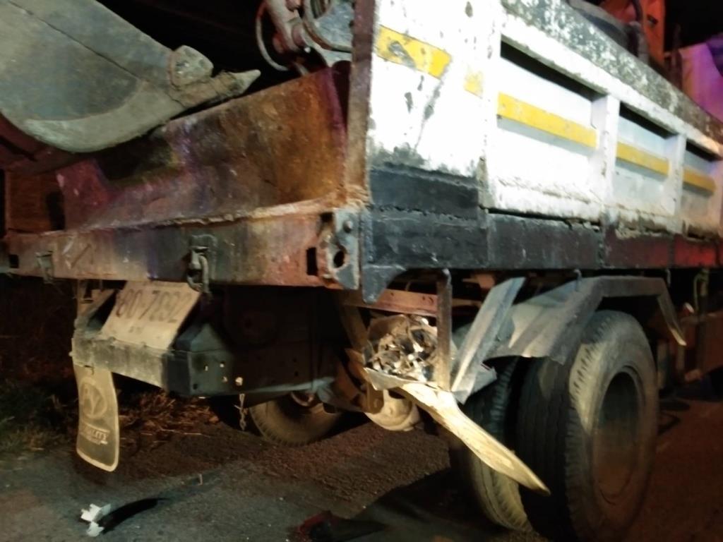 วิศวกรหนุ่มซิ่งรถจักรยานยนต์ชนท้ายรถ 6 ล้อเสียชีวิต