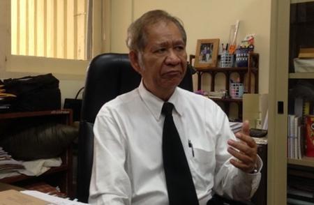 รศ.ดร.ณรงค์ เพ็ชรประเสริฐ คณบดีคณะเศรษฐศาสตร์ มหาวิทยาลัยรังสิต