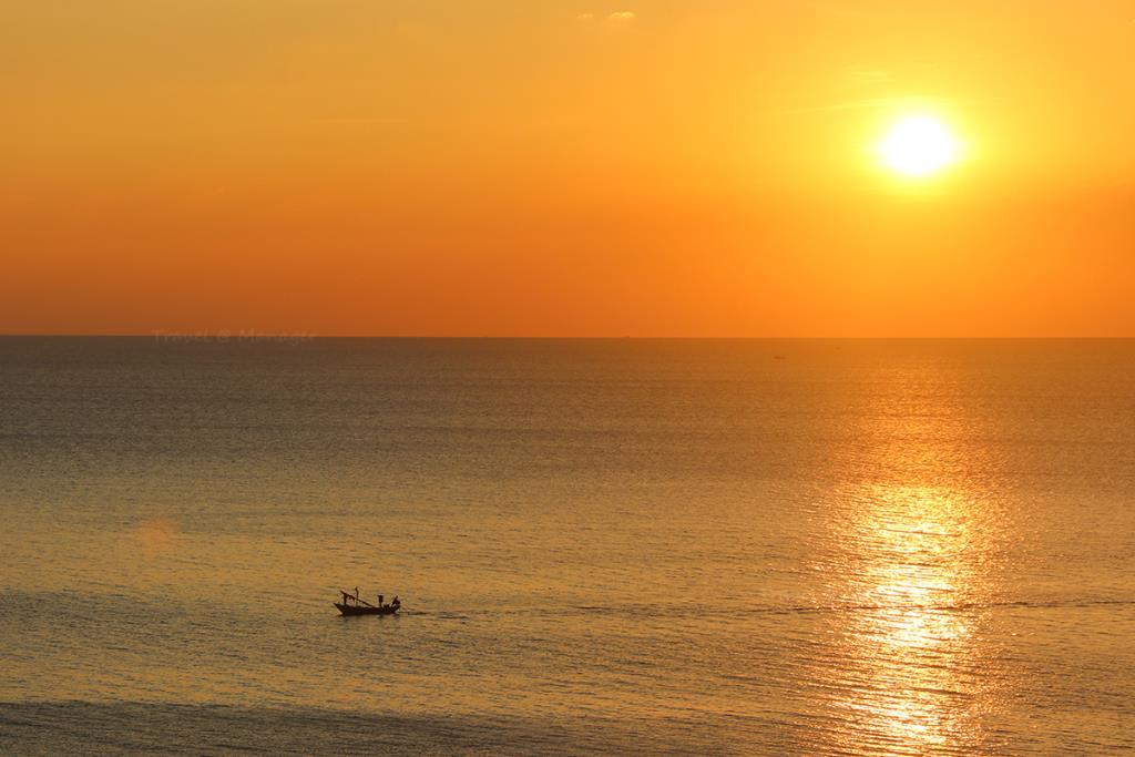 อาทิตย์อัสดงที่เกาะเปริด
