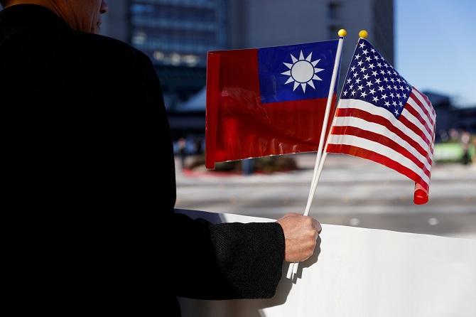 กระตุกหนวดจีน!สื่อแฉสหรัฐฯส่งนายพลดูแลข่าวกรองย่องเงียบเยือนไต้หวัน