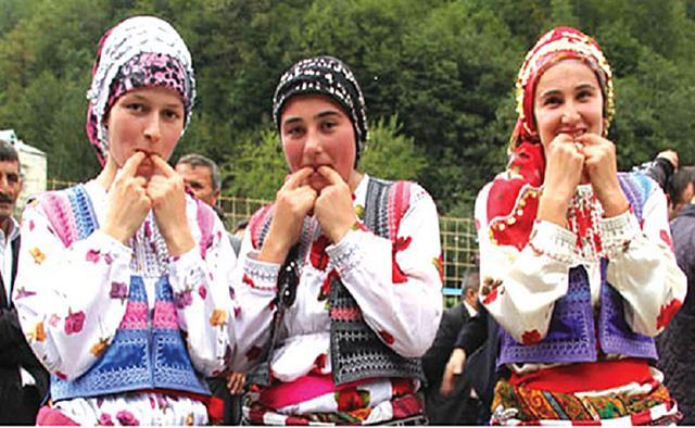 ภาษานก! ในตุรกี มรดกโลกทางวัฒนธรรม กำลังถูกท้าทายด้วยเทคโนโลยีมือถือ