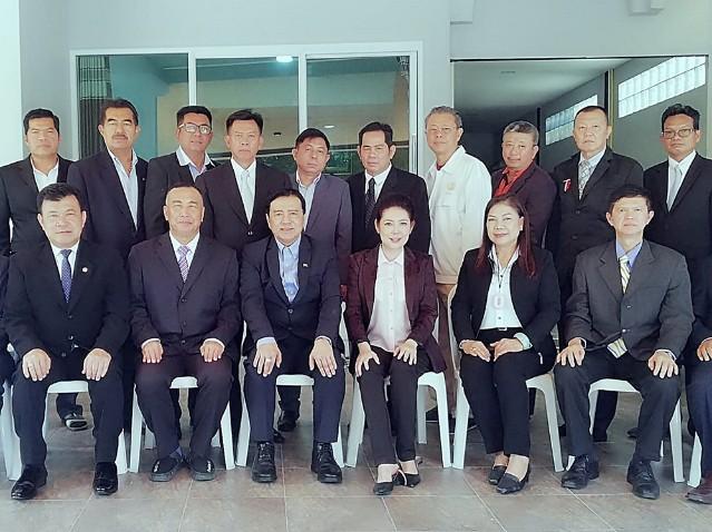 """สถาบันเครือข่ายไทยสร้างสรรค์(สคทส.) จับมือนักวิชาการ-นักธุรกิจ ประชุมจัดโครงการ """"สรรสร้างไทย.. อนาคตไทย"""""""