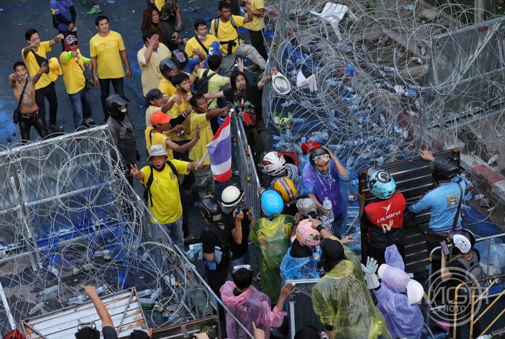 """""""ไทยภักดี-ทิศทางไทย"""" ปรามเสื้อเหลืองอย่าไปชุมนุม 25 พ.ค. เสี่ยงม็อบชนม็อบเหมือนหน้ารัฐสภา"""