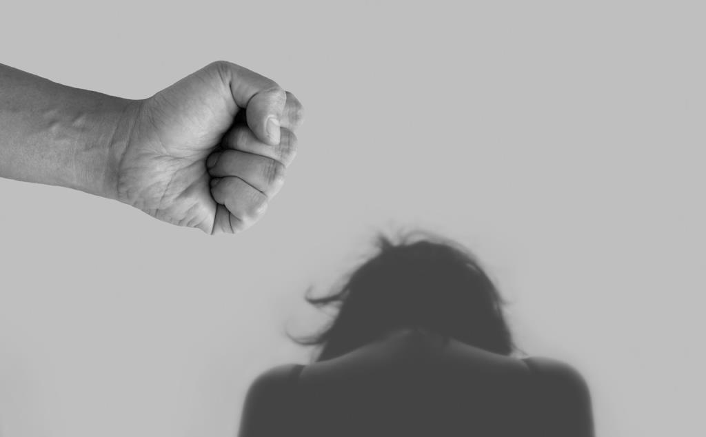 ทวงถามพ.ร.บ.คุ้มครองผู้ถูกกระทำด้วยความรุนแรงฯฉบับใหม่!/ดร.สรวงมณฑ์ สิทธิสมาน