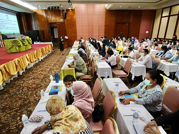 ศูนย์อนามัยที่ 12 ยะลา เดินหน้าเสริมศักยภาพเครือข่ายผู้จัดการการดูแลผู้สูงอายุ