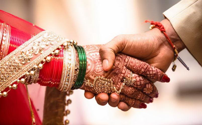 รัฐอุตตรประเทศออกกฤษฎีกาห้าม 'บังคับเปลี่ยนศาสนา' เพื่อแต่งงาน
