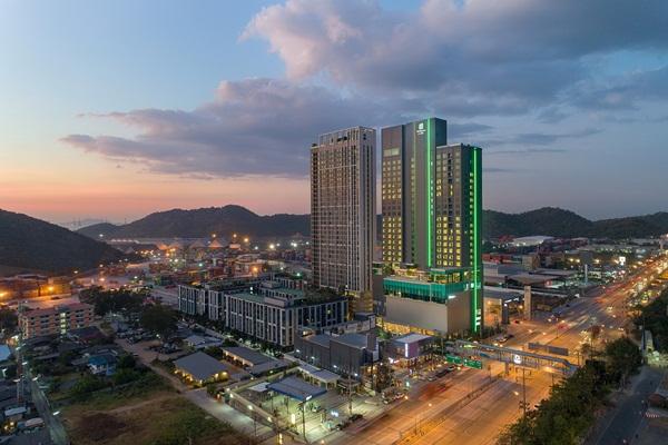 """เปิดวาร์ป  """" Holiday Inn & Suites Siracha Laemchabang"""" สร้างจินตนาการล่องเรือกลางทะเล"""