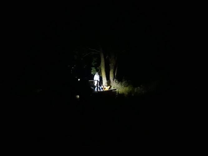 สองผัวเมียเล่าเรื่องขนหัวลุก ใช้มือถือถ่ายภาพติดวิญญาณเจ้าที่เฝ้านาข้าว
