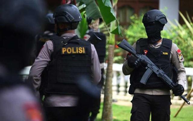 ตำรวจอิเหนาตามล่ากลุ่มคนร้ายฆ่าปาดคอชาวคริสต์ 4 ราย