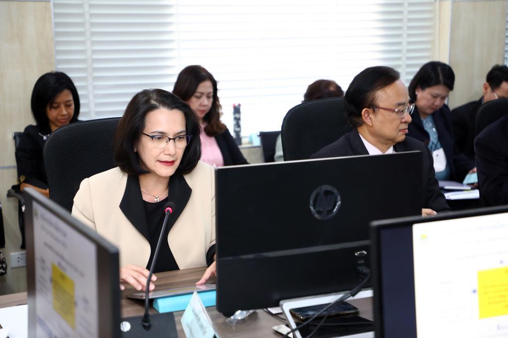 คลัง ยันหนี้สาธารณะของไทย ก.ย. 63 อยู่ที่ 7.8 ลลบ. ไม่ใช่ 78 ลลบ.