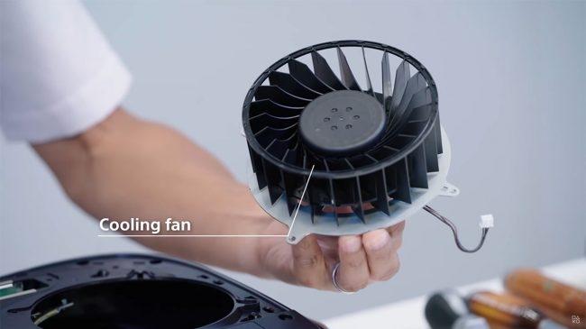 """ช่างแงะ """"PS5"""" พบพัดลมแต่ละเครื่อง ดัง-เบา ไม่เท่ากัน"""