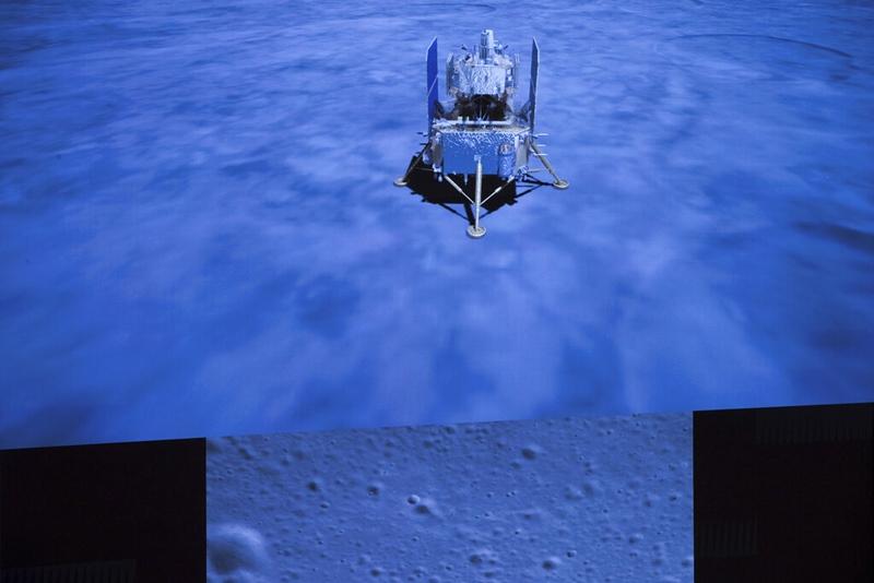 ยาน'ฉางเอ๋อ'จีนลงจอดบนดวงจันทร์  เริ่มขุดเจาะพื้นผิว-เก็บตัวอย่างส่งกลับโลก